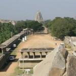 Pasear por el bazar principal de Vijayanagar