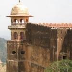 Fuerte de la Victoria, un espectacular reclamo en Jaigarh