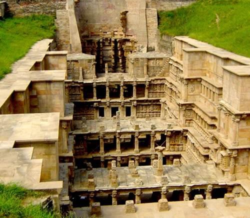 Rani-Ki-vav, el pozo escalonado de la Reina en Patan