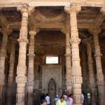 Adhai Din Ka Jhonpra, ruinas con mucha historia