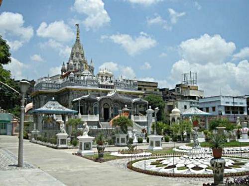 Templo-Parasnath-de-Calcuta-en-la-India-2