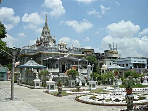 Templo-Parasnath-de-Calcuta-en-la-India-2