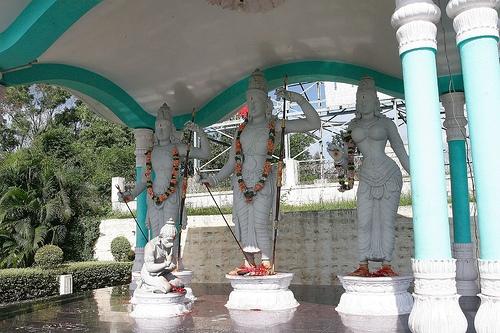 Deidades a la entrada del Templo