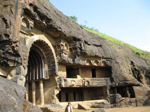 cuevas de Bhaja