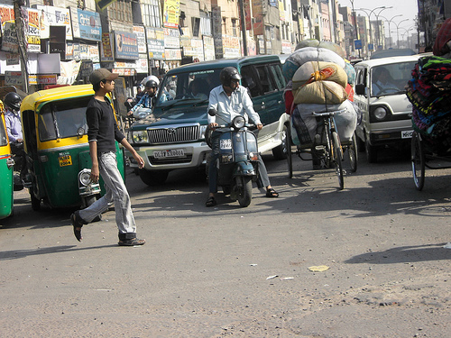Tráfico en la India, mejor no conducir