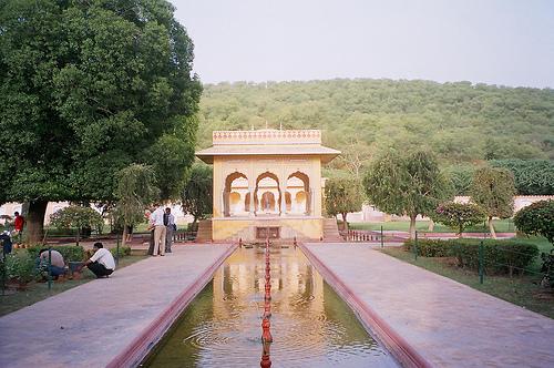 Visitando templos en Vrindavan