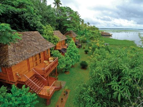 Santuario de aves Kumarakom, en el lago Vembanad