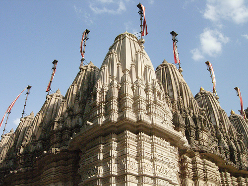 El templo de Hatheesing