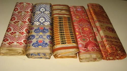 Sualkuchi el reino de la seda dorada - Productos de la india ...