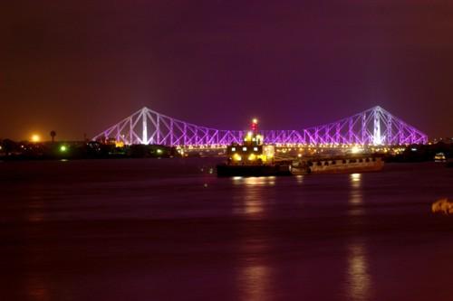 El Puente Rabindra Setu, historia de dos ciudades