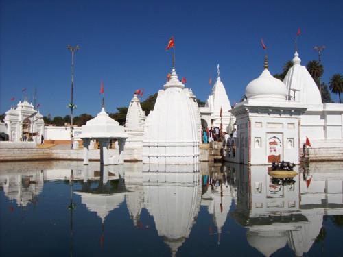 Templo en Narmada