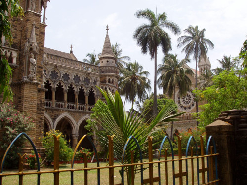 Universidad de Mumbai, bello edificio gótico