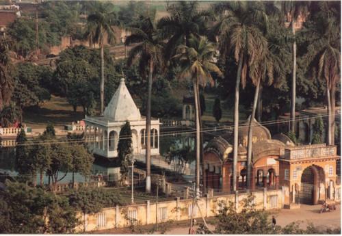 Munger, sus templos y bellezas naturales