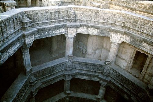 Baori, arquitectura del agua en Rajastán y Gujarat