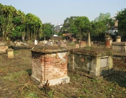Un paseo por los cementerios coloniales de Calcuta